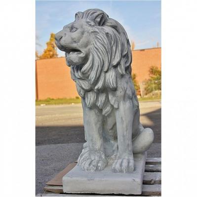 Steinfigur Löwe mit Sockel Löwenfigur Tierfigur Gartendeko Steinguss frostfest